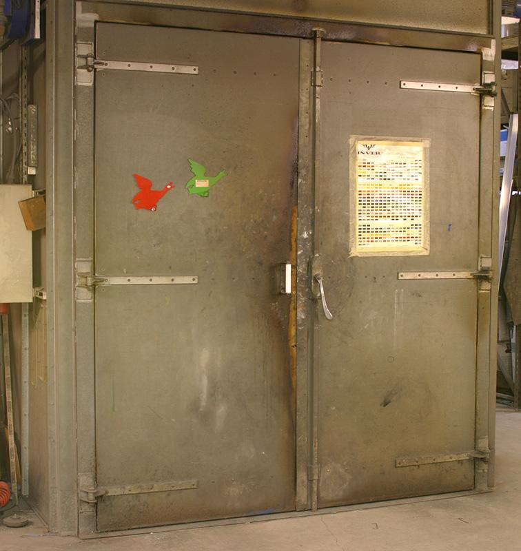Gas cooktop with built in oven below